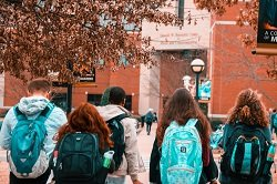 backpacks-college-college-students-1454360_resized