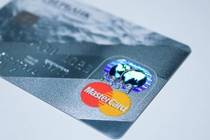 master-card-debit-card-210742