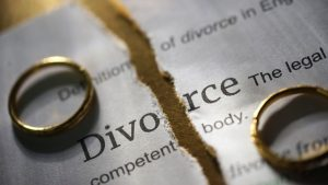 12001bde-90a1-45b0-a147-f8c7f9a800dd-cities-with-most-and-least-divorce